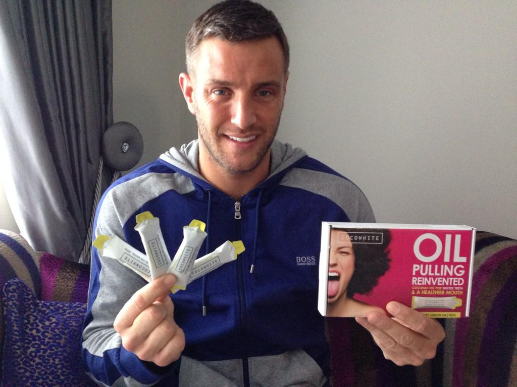 Loving using @cocowhiteuk from http://t.co/O81jpsBY1Z at the sec.Really great to use to brighten up your teeth! #spon http://t.co/7wzxmRiRgT
