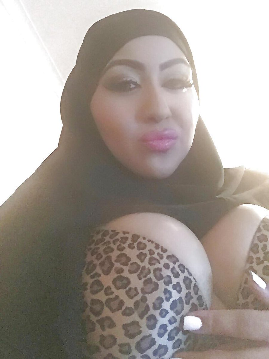 Huge boobs find my snapchat susan54949 3