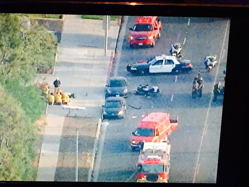 Crash in Monterey park involving law enforcement officer @markkonosky5 live Atlantic at el repetto http://t.co/7pgQt9eLWl