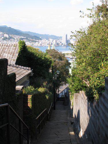 タモリさんが長崎を旅する!「ブラタモリ」長崎編は4/11(土)・4/18(土)、2週に渡って放送されます! http://t.co/dGsNXF3yTn http://t.co/1AVLlzvCkb