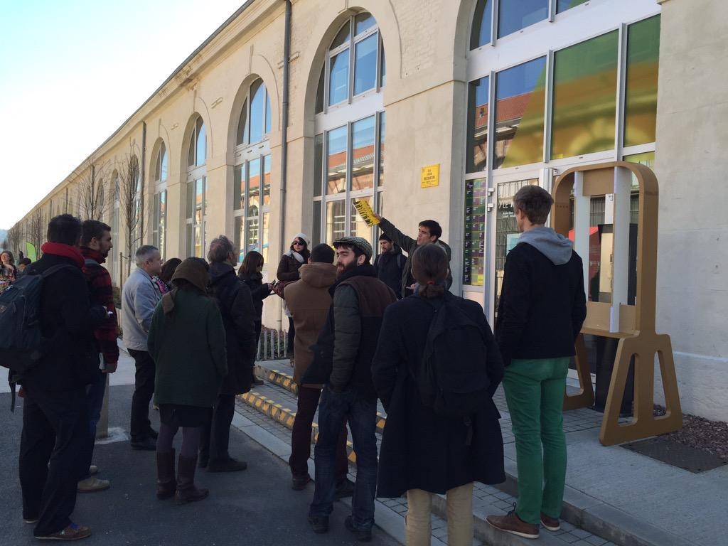 """[Pic] #tiliosdesign 2ème stop : le Mixeur, une pépinière de PME / """"startups"""" de l'économie créative. c/@creatis_ http://t.co/za5ixigRKE"""