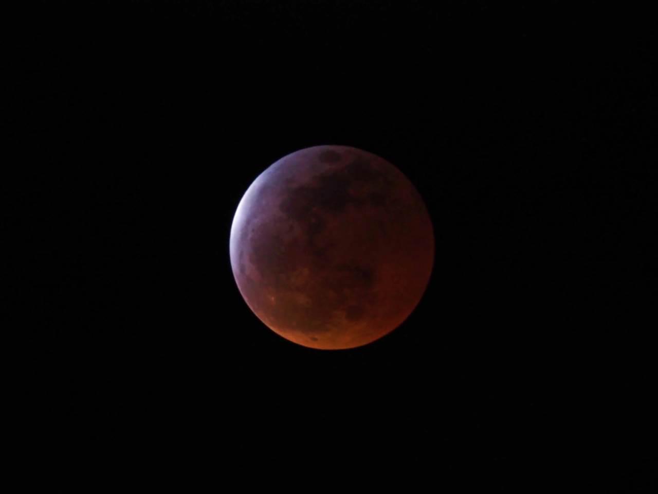 皆既月食2015