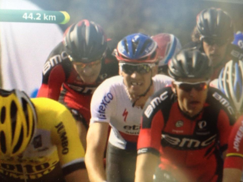 De Ronde Van Vlaanderen-2015 (Monumento) - Página 3 CB1XeZpW0AAJPdm