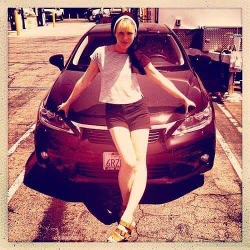 photo of Sarah Paulson Honda Civic - car