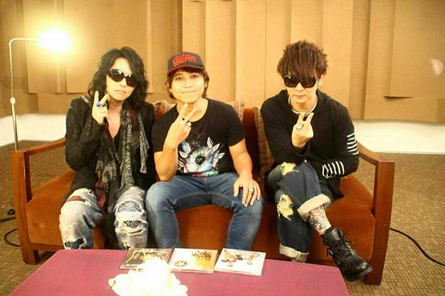 Band Indonesia yg meng cover One ok Rock . + Single Baru Taka (Voc. OoR) feat