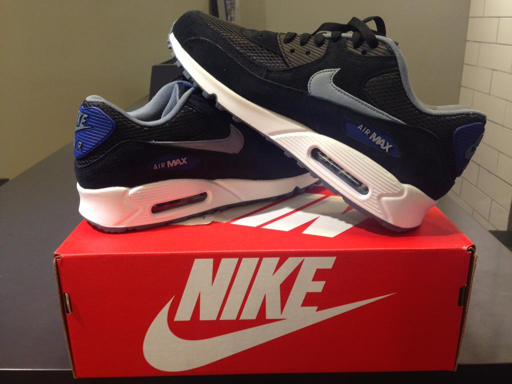 harga nike air max 1 essential original