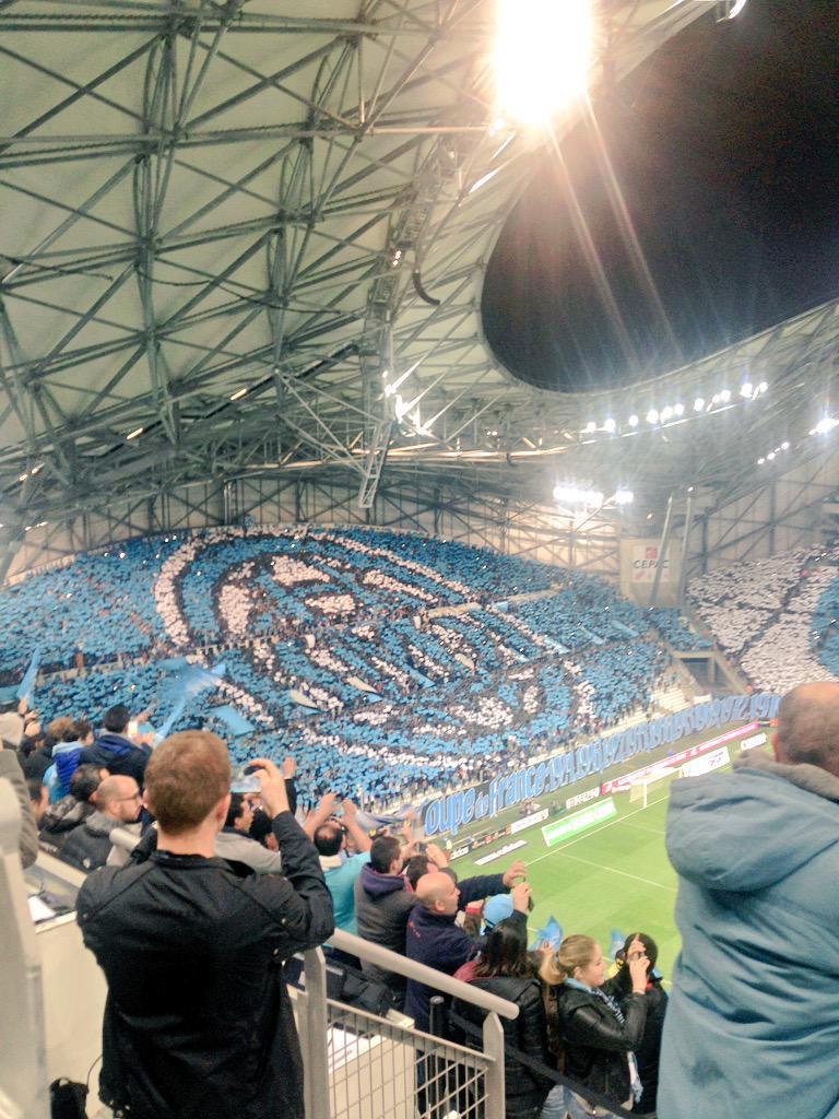 [Stade Vélodrome] Le nouveau chœur de Marseille - Page 23 CB2amAeWEAE0G9F