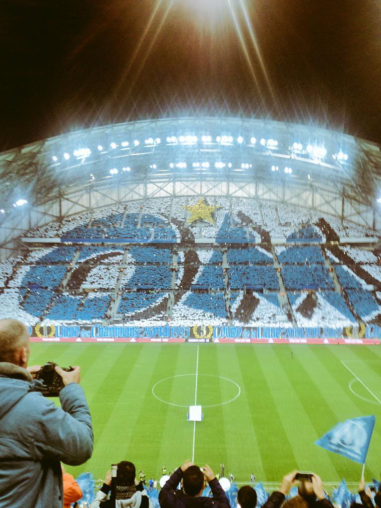[Stade Vélodrome] Le nouveau chœur de Marseille - Page 23 CB2amCNW4AES8wF