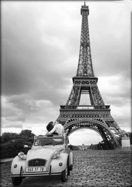 ------* SIEMPRE NOS QUEDARA PARIS *------ - Página 2 CB2gj9yW4AA2_v9