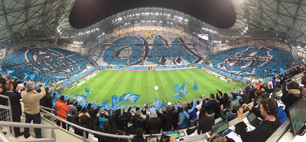 [Stade Vélodrome] Le nouveau chœur de Marseille - Page 23 CB2oyTgWIAAa9hu