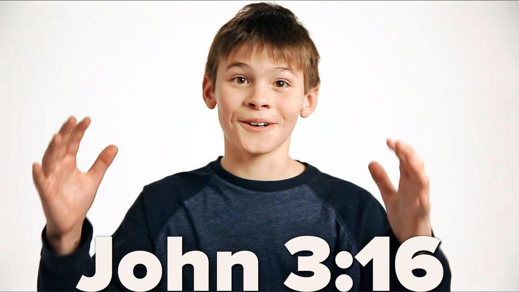 """#JOHN316 kiddo commercial during @ADtheSeries was AWESOME! http://t.co/7xP3dM1N86 << LOVE the """"wowww"""" http://t.co/S0QvhbSjap"""
