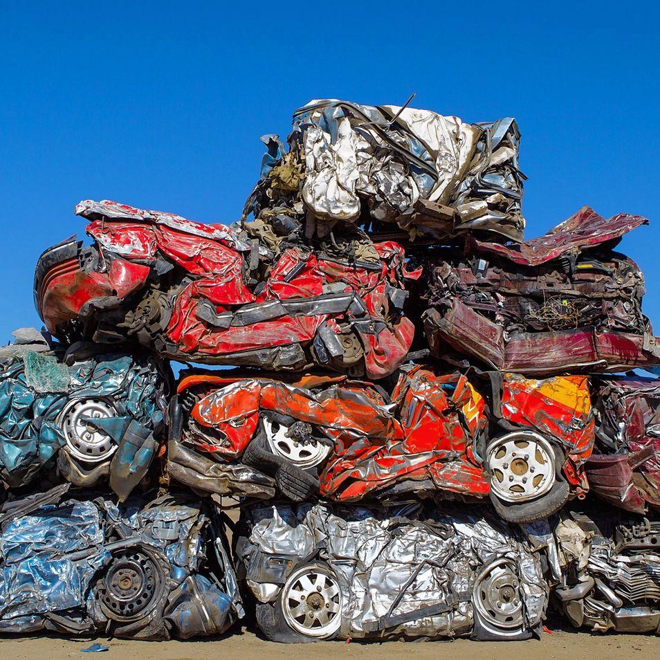 แค่รถหรูราวๆ 230 คัน ที่พัง ในการถ่ายทำ Furious 7 http://t.co/HzUrKBY2YW http://t.co/H0UlrAS0GL