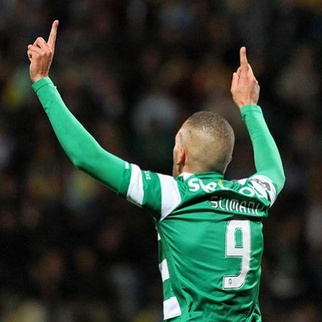 RT @slimaniislam: stand up! #Sporting #slimani http://t.co/2AW8daSc08