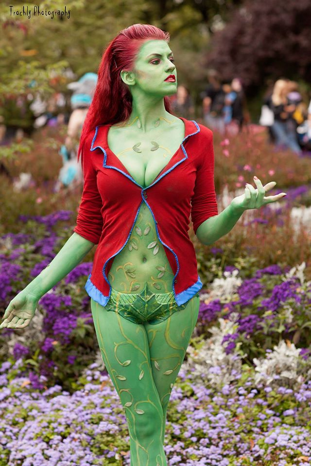 Arkham Asylum Poison Ivy Video Game Cosplay on ...