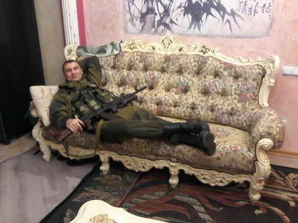 Москаль запретил продажу спиртного военным и перевозку оружия без спецразрешений в Луганской области - Цензор.НЕТ 7107