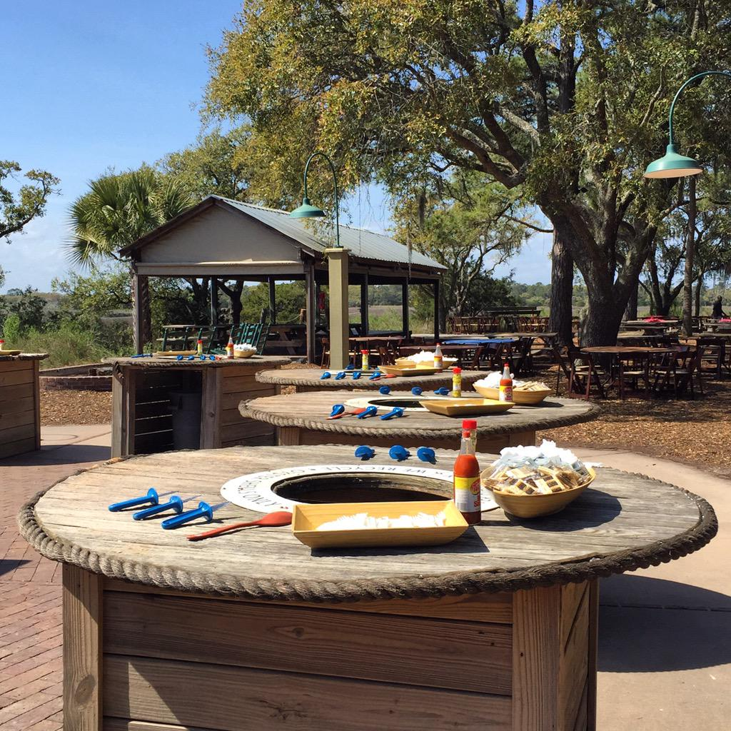 Kiawah Island Resort On Twitter The Oyster Tables Are Set For Tonight S Mingo Point Roast Bbq Who Joining Us