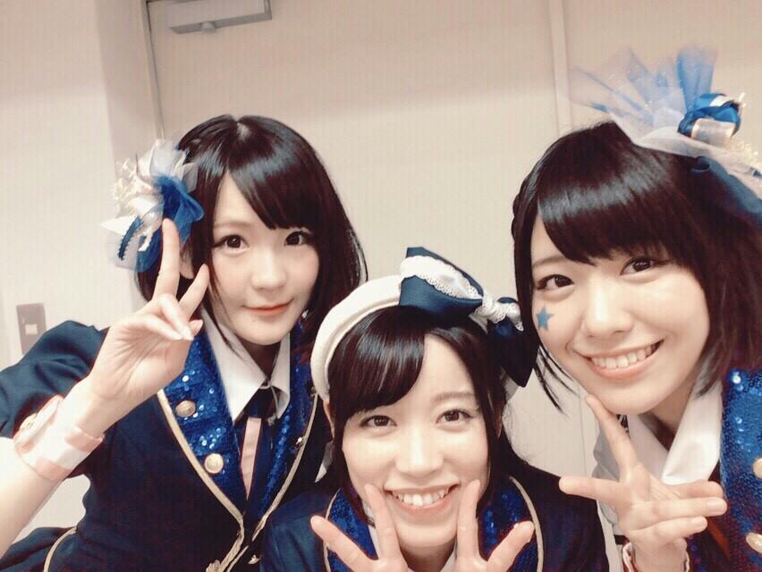 プラリネ→ dear... →オレンジの空の下  愛美ン スージー 大好き♡ pic.twitter.com/eFQmM2mDmk
