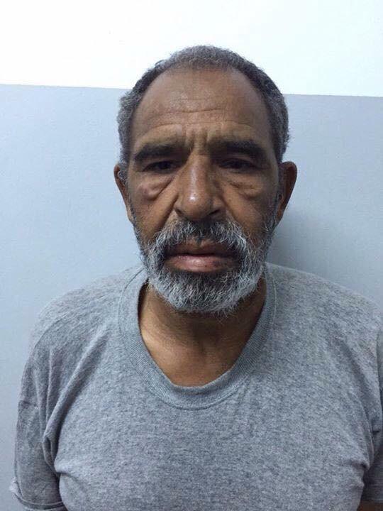 الجرذان يرفضون علاج  العقيد محمد بن نائل CB89xGtWIAETym9