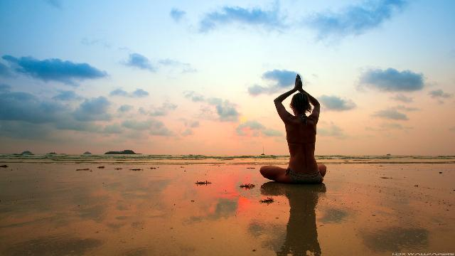 relaxing with #Yoga in #Singapore http://t.co/I6xu0BgM9J http://t.co/tjASDf1nzX