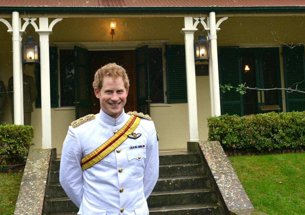 Prince Harry Declares That He Is Anti-Selfie http://t.co/xEgridQ029
