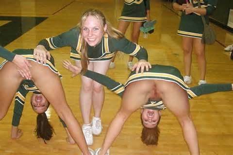 Images - Cheerleader upskirt no underwear