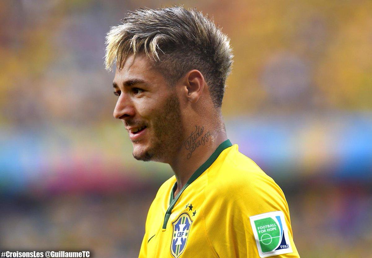 Neymar jr coupe de cheveux celeste leavitt blog for Neymar 2014 coupe de cheveux