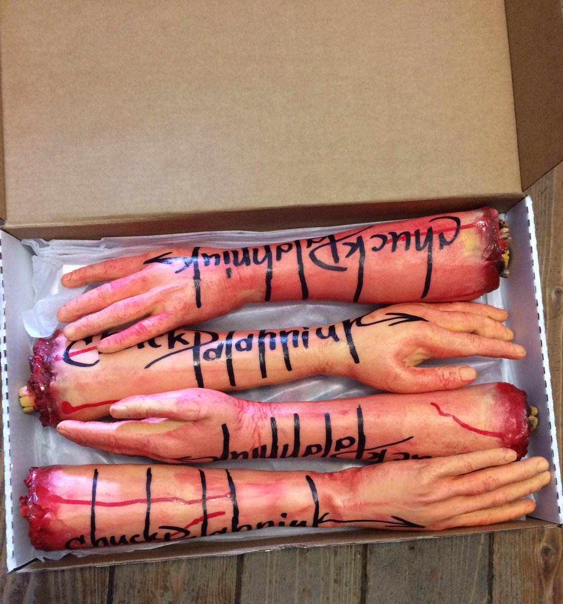 Want to win a disembodied arm or poster signed by @chuckpalahniuk? Here's how! http://t.co/xz5u649XDJ http://t.co/hoYjlgg5Jc