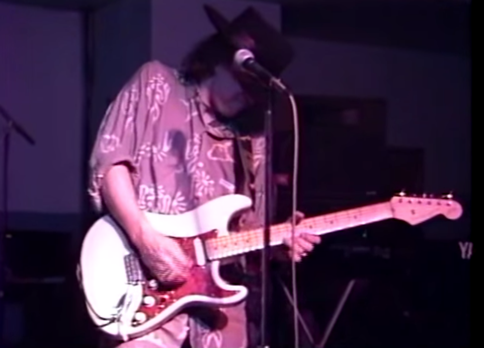 Rare Stevie Ray Vaughan footage just popped up on YouTube- SRV Jamming with Buddy Guy 1989 http://t.co/OmIPgOqAee http://t.co/lbAhCq8gwt