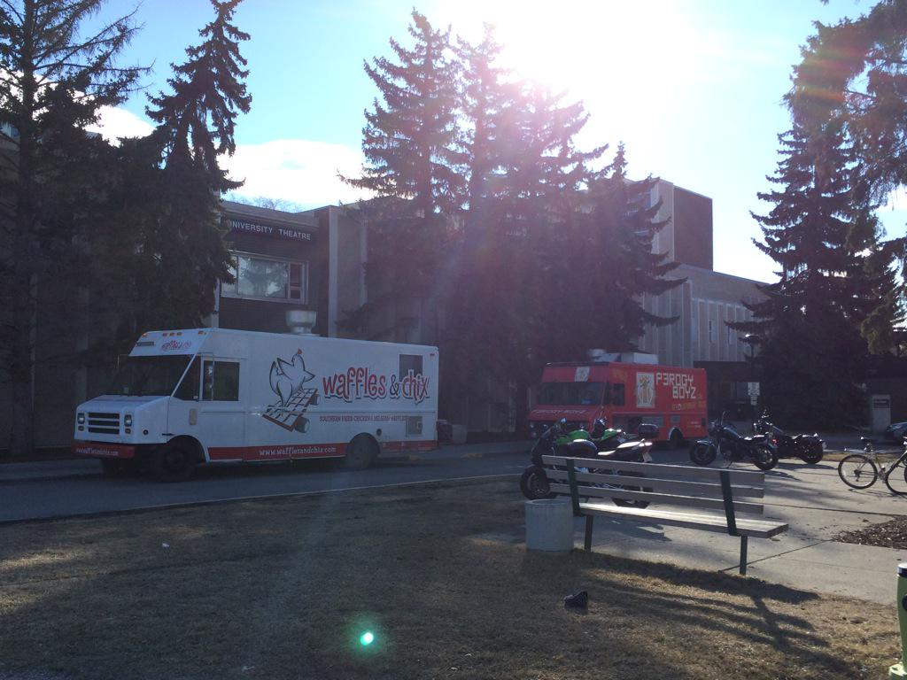 The trucks are out @UniofCalgary !!!! Let the FOOD TRUCK SEASON BEGIN