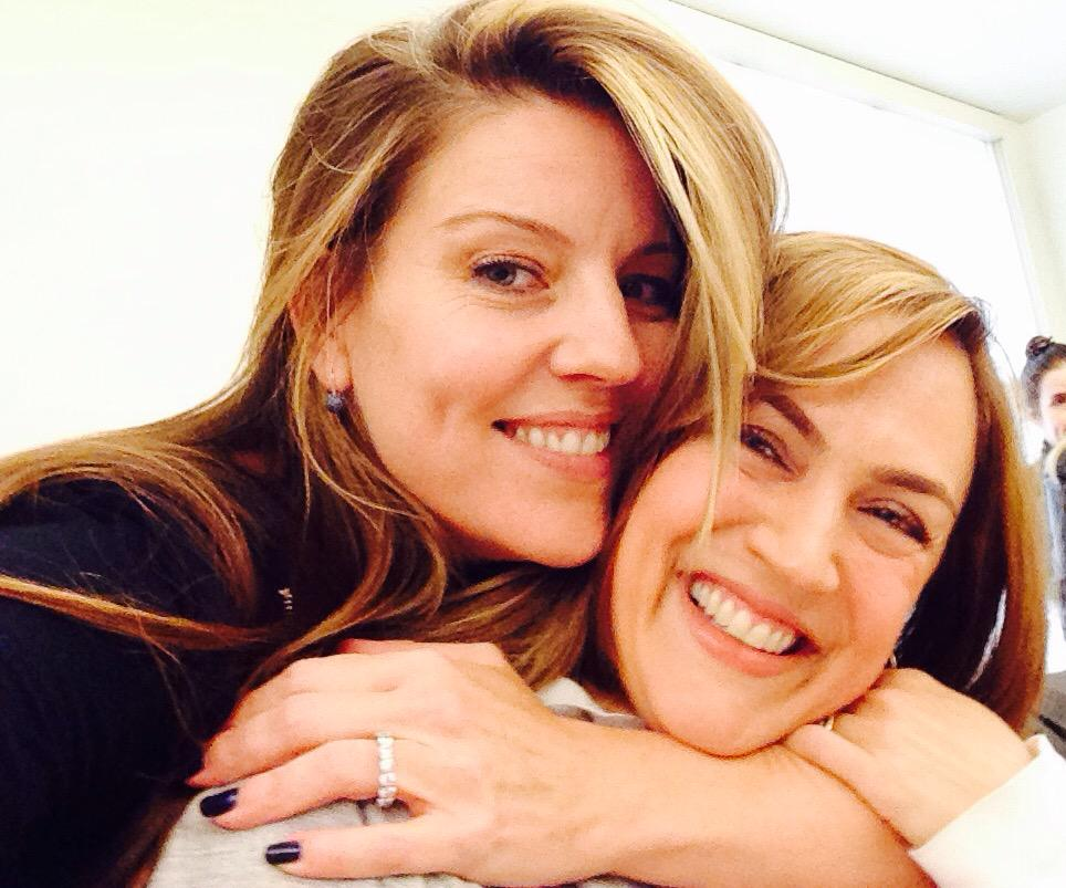 -A big squeeze from #MrsD to #MrsH   You were fantastic in #WelcomeToTheDollhouse @LesleyFera #BigAReveal #PLLMoms