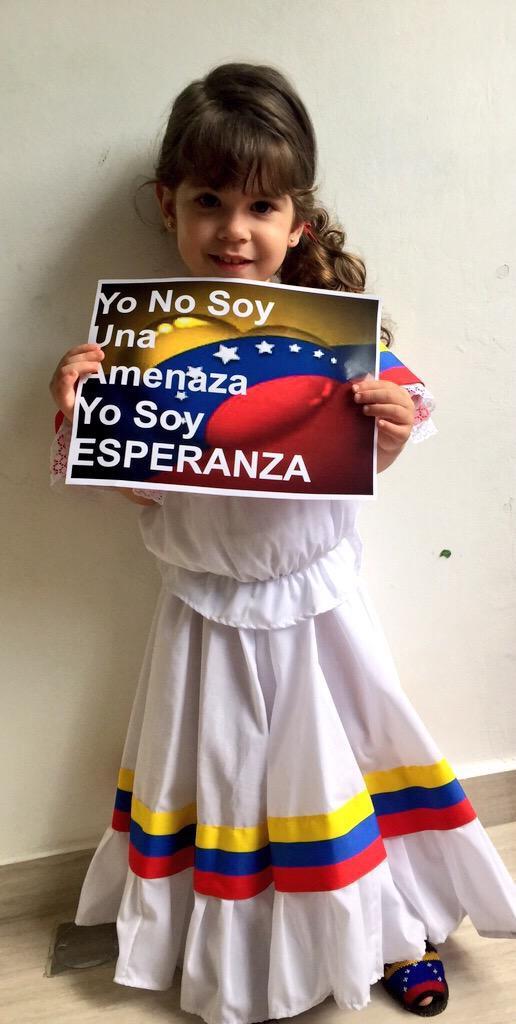 #VenezuelaEsEsperanza #ObamaDerogaElDecretoYa #ObamaRepealTheExecutiveOrder #TuFirmaXLaPatria #VenezuelaIsHope http://t.co/U4b2WDaBci