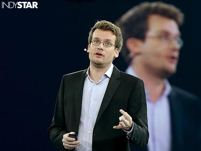Author @JohnGreen on #RFRA: 'This is a time to support LGBT residents of Indiana.' http://t.co/fRKbog7Ab2