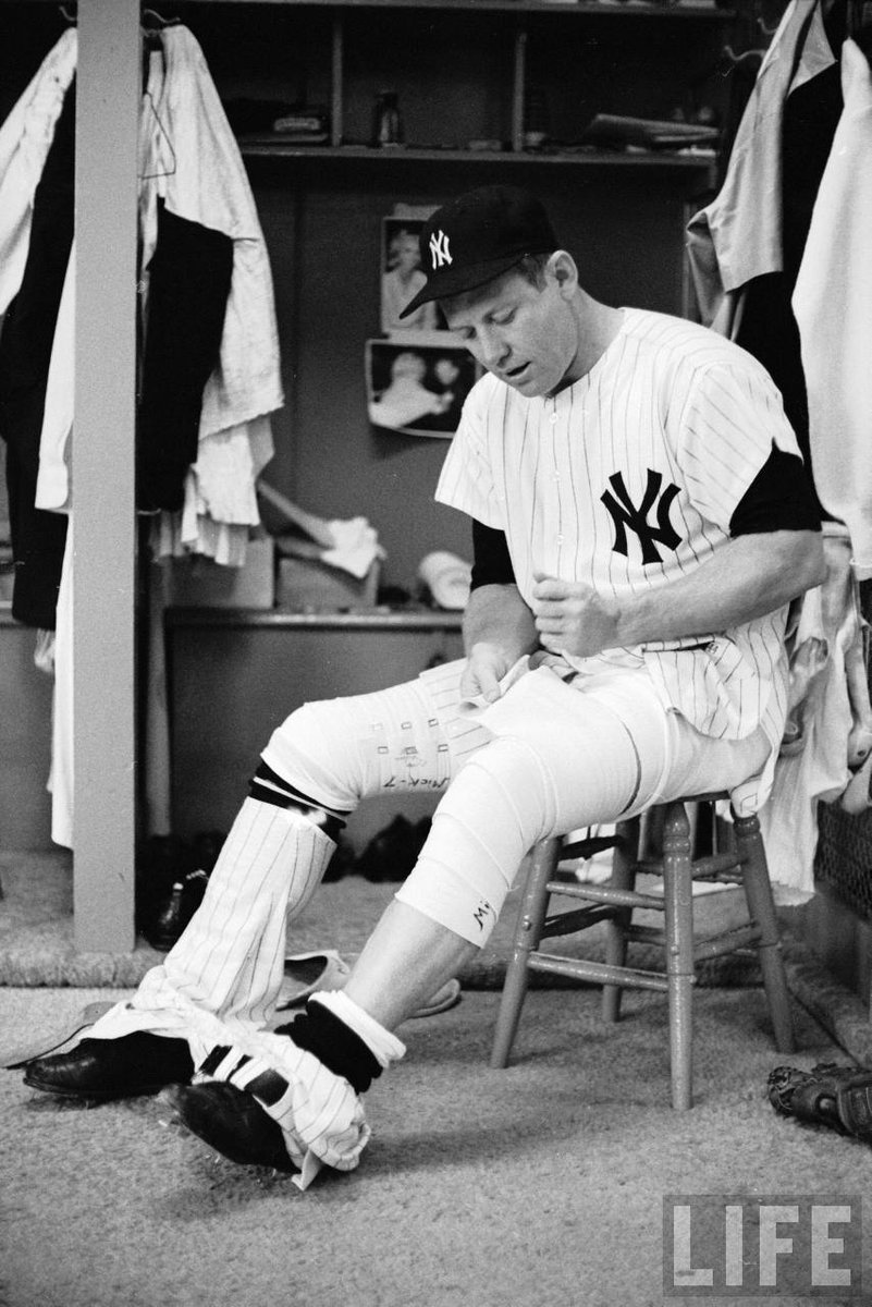 """On two legs, Mickey Mantle would have been the greatest ballplayer who ever lived."" - Nellie Fox http://t.co/QfrQOWqnOb"