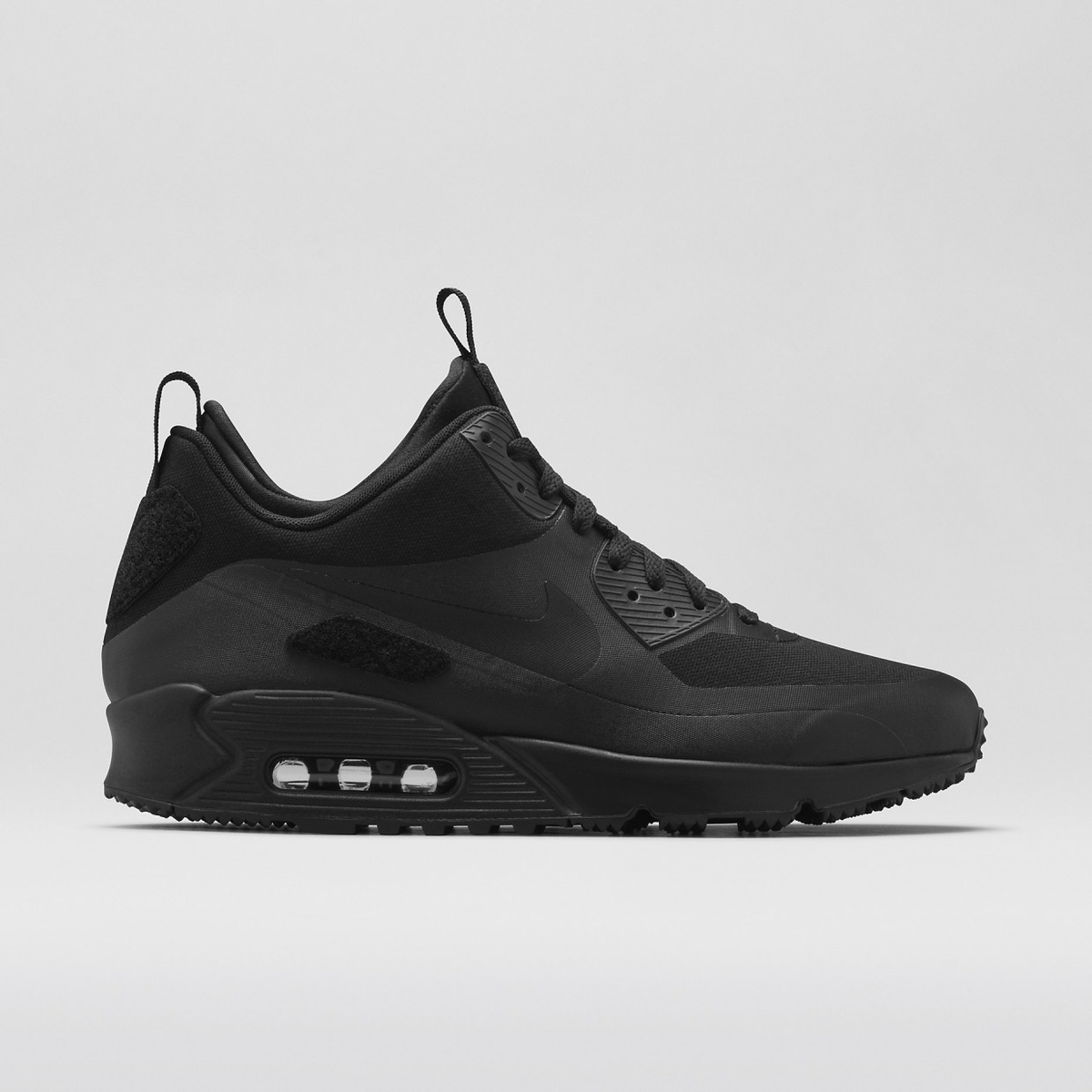 promo code 1cfe2 a3670 Nike Air Max 90 Sneakerboot  Patch Pack  SP all 3 colors available again   http   ist.290sqm.com Just-Arrived pic.twitter.com IAjBnX9bkp