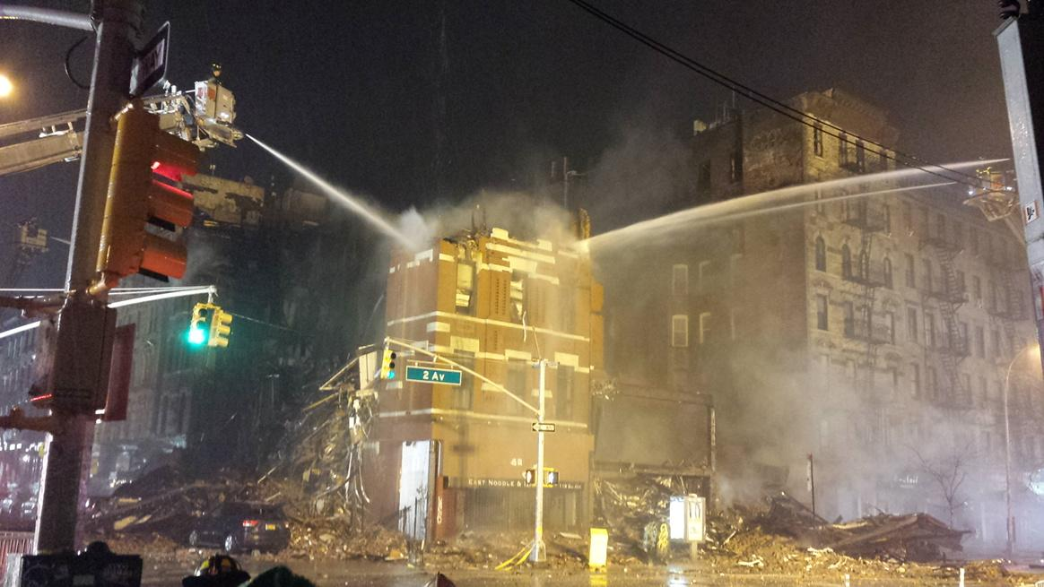 #FDNY operations in the #EastVillage continue into the night.