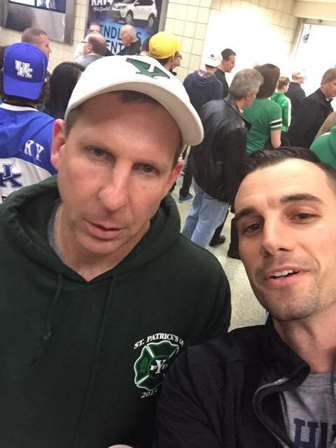 Bo Pelini is here at the games in Cleveland and couldn't be happier that people wanna take selfies with him http://t.co/NsXodFRw4Y