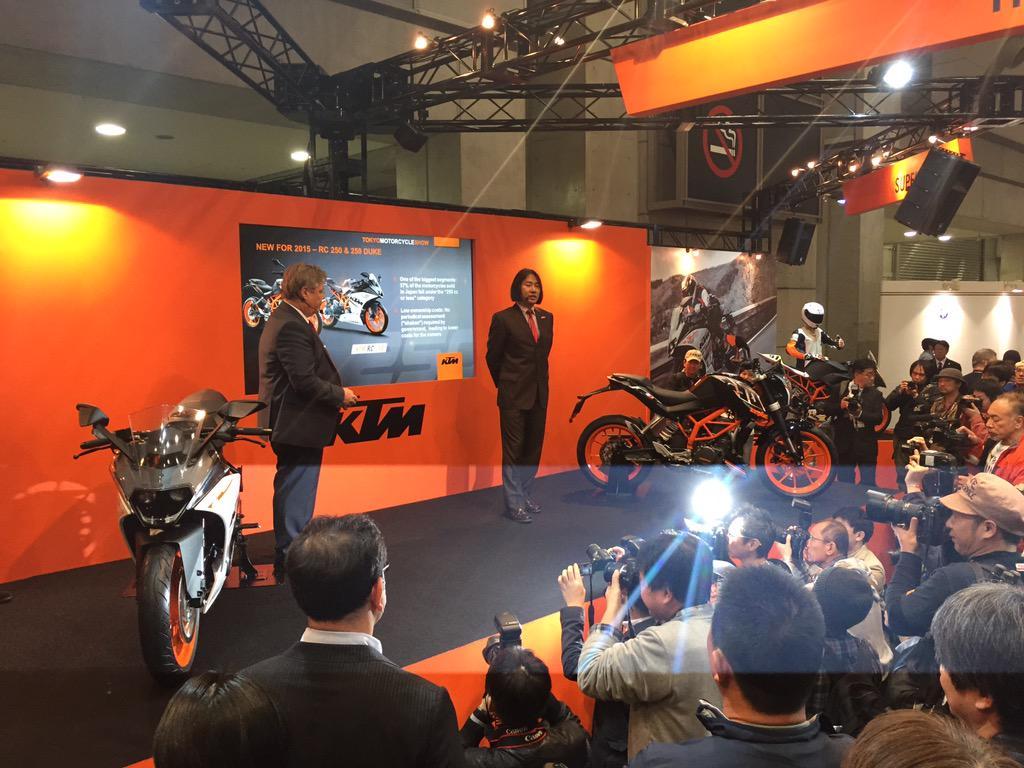 速報! KTM RC250 および duke250 日本で発表!! http://t.co/mYuAZ2vq5D