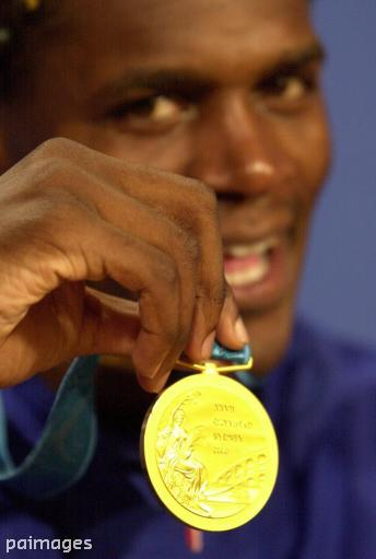 RT @pasport: As one boxer defends his title, an Olympic champion has said goodbye. It was quite the journey, @audley_Harrison http://t.co/V…
