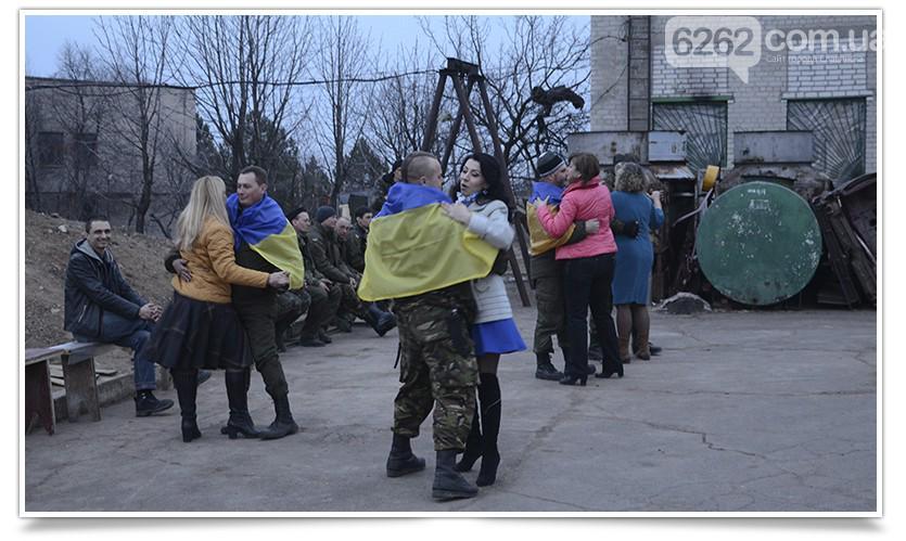 Террористы ночью обстреляли Станицу Луганскую, Крымское и Троицкое, - Москаль - Цензор.НЕТ 3923