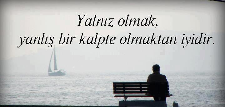 Hayatının baş rolünde olmaktır yalnızlık.. http://t.co/BnoFJynIF1