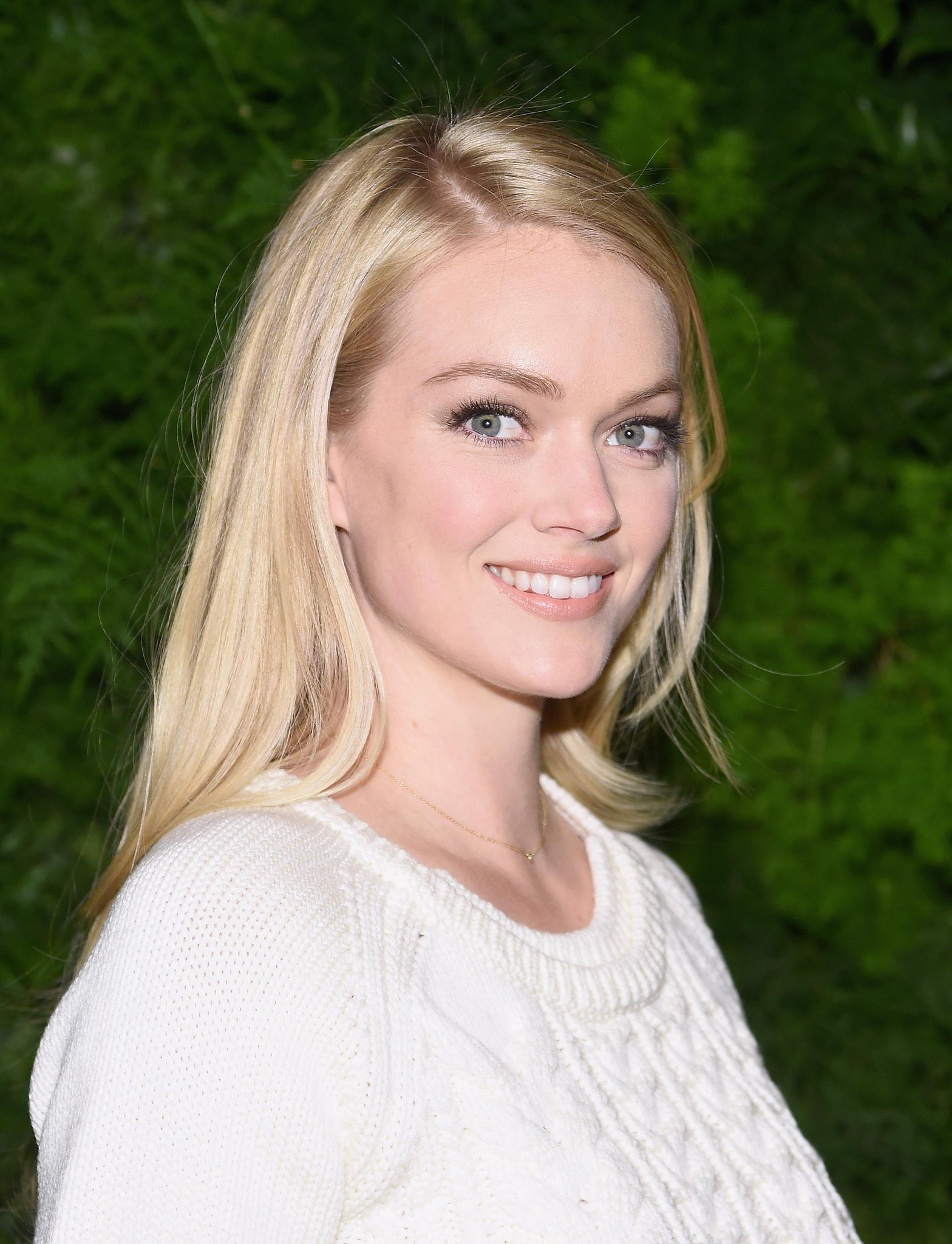 RT @Fashionista_com: .@LindzEllingson, a beauty herself, has launched a beauty line: http://t.co/nZGvRdO9lL http://t.co/6ht6AehPN1