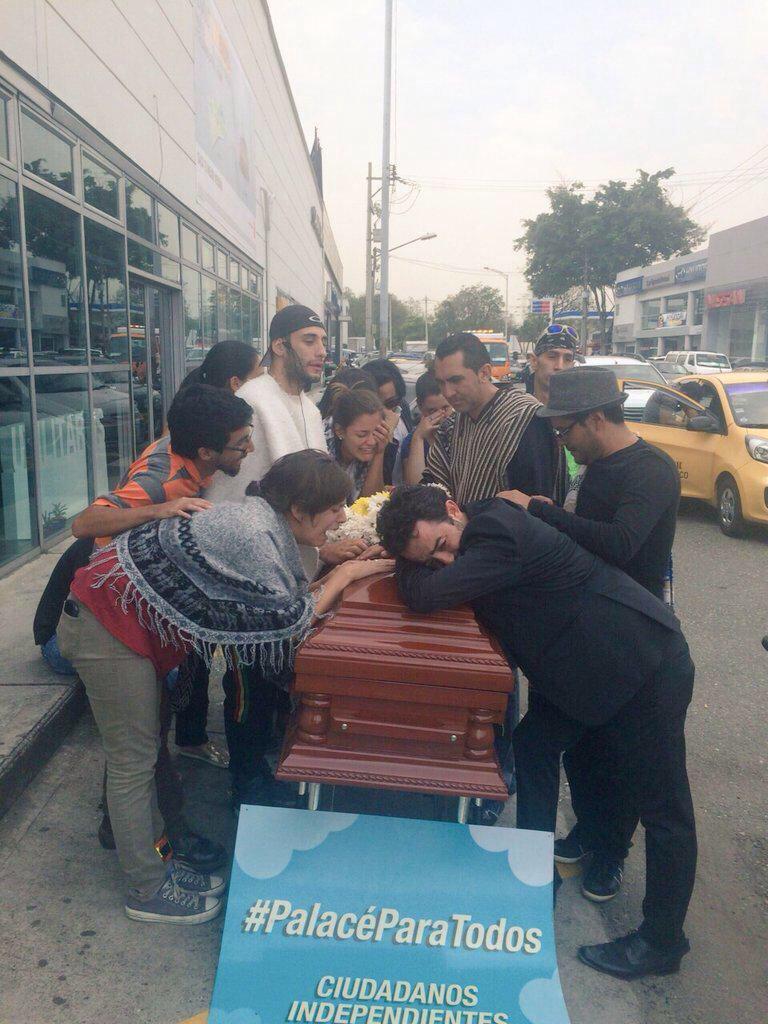 Ciudadanos parecen enterrar la #movilidadsostenible, parecen enterrar un #PalacéParaTodos, un juez dirime esto. http://t.co/HGL1JIXMIg