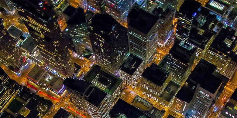 Spectacular Aerial Night Photos Of San Francisco Taken From 7,200 Feet http://t.co/ymPHS8NmTh http://t.co/Wacuby9y9g