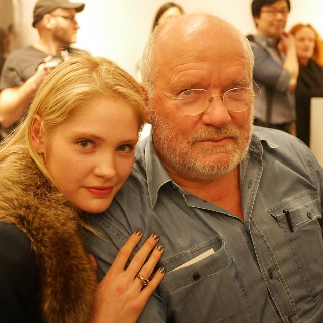 RT @theboldmgmt: Beautiful @heidimount w/ @therealpeterlindbergh at his book signing tonight at Gagosian - @2bmanagement by @modelsd… http:…
