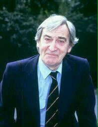 Today is a day we remember the loss of a great Actor and Artist ... Patrick Troughton #DoctorWho http://t.co/YmMlSCJDAE