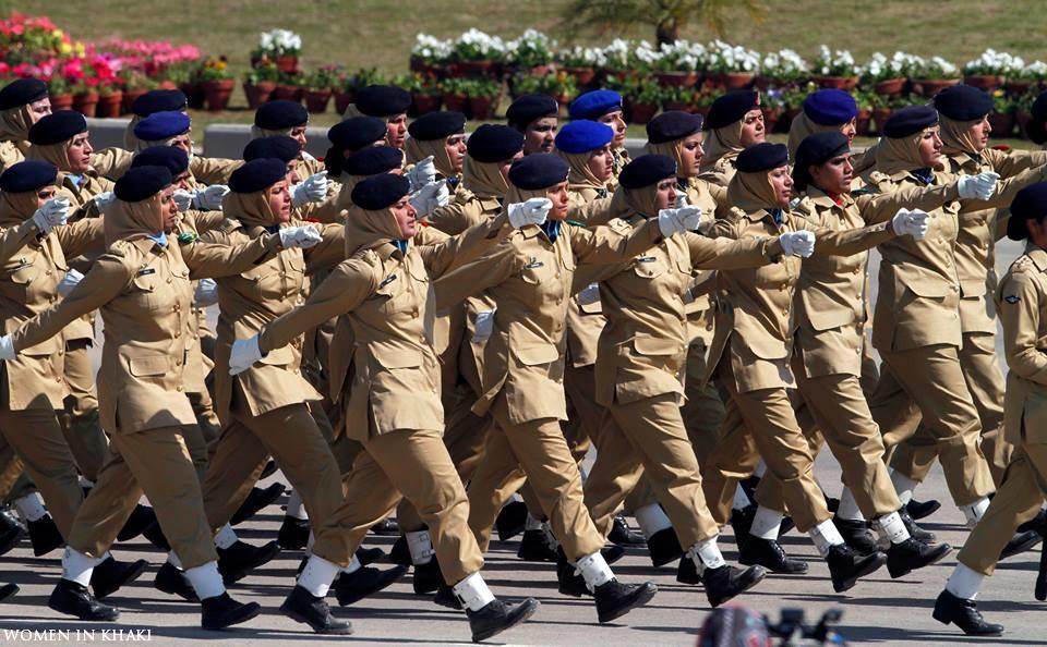 "Pak Army Lady Pics: Women In Khaki On Twitter: ""Female Officers Of Pakistan"