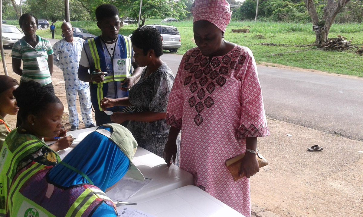 "Aww ""@TexTheLaw: Kowa Party presidential candidate @oluremisonaiya getting accredited. More pictures to follow. http://t.co/OC0pcRAEtx"""