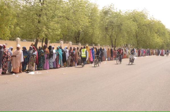 This is my favorite photo! Women in Maiduguri defiant against Boko Haram and have come out to vote! #Nigeriadecides http://t.co/xSfhZEdxAE