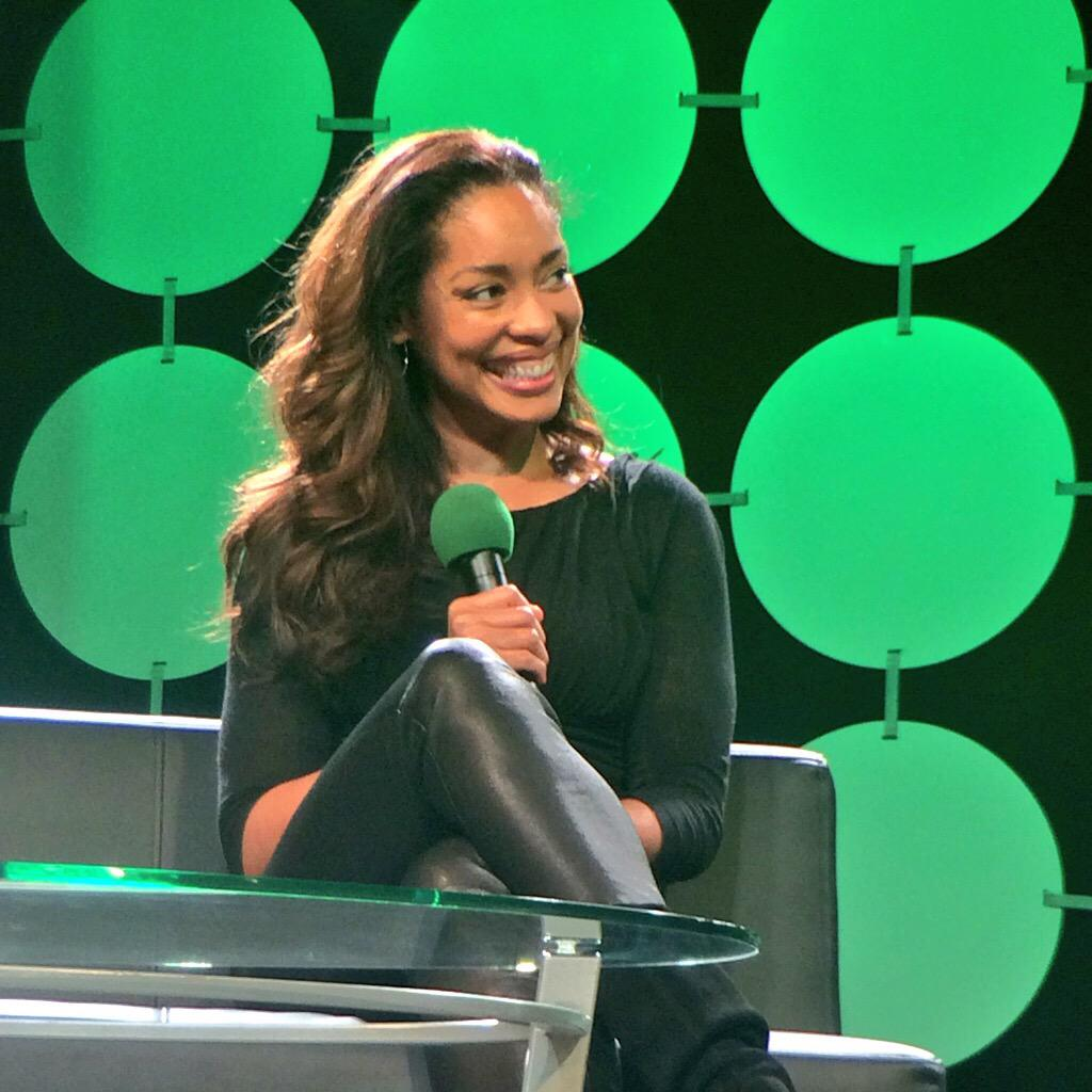 BREAKING: #GinaTorres confirms she WILL be in @Alan_Tudyk & @NathanFillion's project @ConManSeries! #ECCC http://t.co/xnqbal79kY
