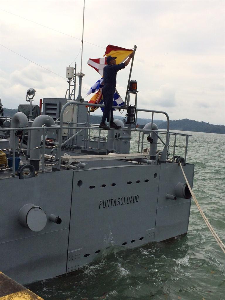 Colombia - Colombia se apresta a recibir la corbeta coreana PCC 755 Anyang CBNEzPIWoAAjT1p